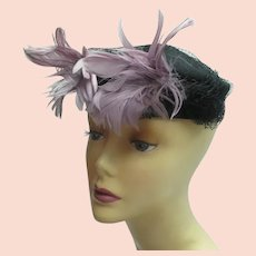 Vintage 1950s feathered hat