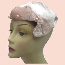 Vintage 1950s velvet hat