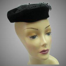 Vintage 1950s net tulle hat
