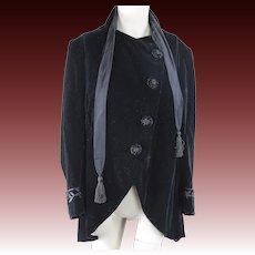 Antique Edwardian 1910 fancy gothic black velvet jacket