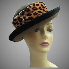 Vintage 1990s leopard print hat