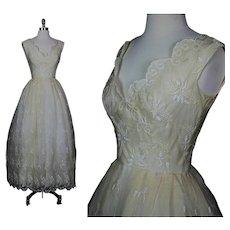 Vintage 60s sheer bridal embroidered silk  wedding dress open back cream M