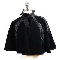 Antique Victorian velvet cape caplet black jet beaded trim