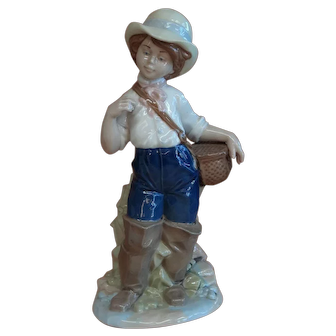 Nadal Spain - Porcelain Boy Fisherman (Lladro style)