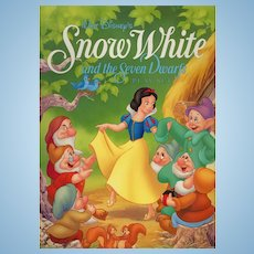 Disney's Snow White and the Seven Dwarfs Paper Doll Play Set Book (Uncut) 1993