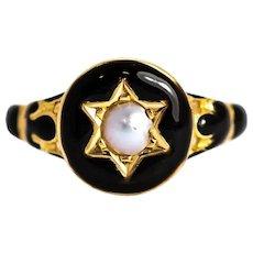 Victorian Black Enamel and Pearl 18 Carat Gold Locket Back Mourning Ring