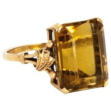 Art Deco Citrine and 9 Carat Gold Cocktail Ring