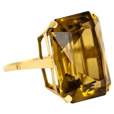Late Edwardian Citrine and 9 Carat Gold Cocktail Ring