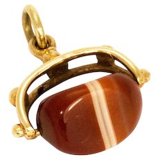 Vintage Agate and Yellow Gold Swivel Fob