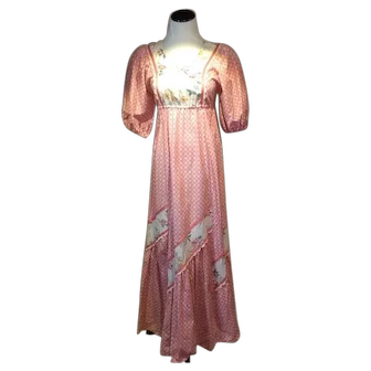 1960's Carol and Mary of Hawaii Sunbabies Festival Dress