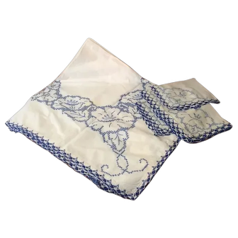 1950's Cross stitch Card Table Cover and Napkins