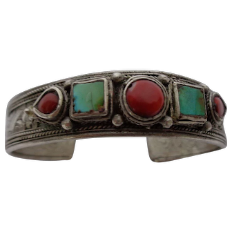 High Purity Silver Tibetan Nepalese Cuff Circa Pre 1950