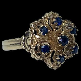 Vintage 14K Gold Blue Sapphire Flower Ring
