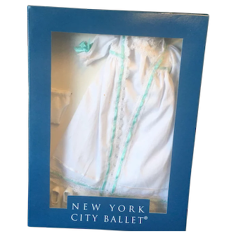 """Tonner """"New York City Ballet"""" outfit"""
