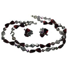 Vendome Red Black Art Glass Crystals Necklace Earring clip set signed