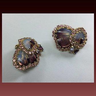 Rare Hobe Mayorka Purple  Pink Iridescent Art Glass Rhinestone Necklace Earring clip Set