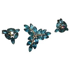 Vintage Juliana Aqua Blue Rhinestone Pin Brooch Earring Set Open back Stones