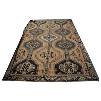 6.5x9.6 Yalameh Persian Area Rug - Near Mint Condition!