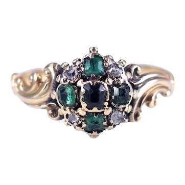 Antique Early Victorian c. 1840 Emerald and Diamond 14k Gold Ring