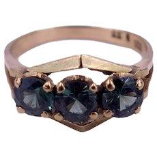 Vintage Mid-Century Modern c. 1950 Green Chrome Tourmaline Three Stone Gold Ring