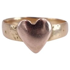 Antique Victorian 1900 18K Gold Wedding Band with Heart