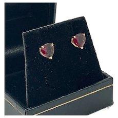 Fine Garnet 14 Kt Lady's Beautiful Stud Earrings Certified $990 915162