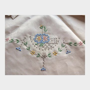 Madeira Linen Tablecloth and Six Napkins with Colorful Embroidery and Tag