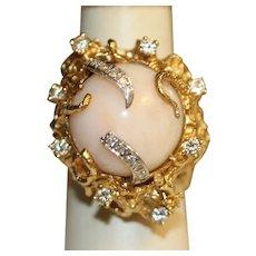 Vintage Angelskin Coral Diamond 18KYG ring Brutalist Period