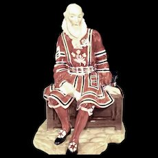 Royal Doulton & Co. A Yeoman of the Guard HN2122 Character Figure Retired 1959 Rare