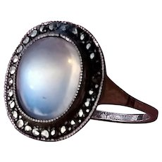 True Art Deco Ceylon Moonstone Ring, with Marcasites, set in 935 silver, size 6 1/2