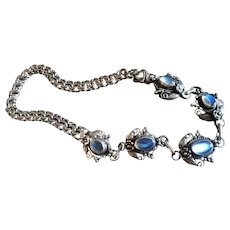 Blue Moonstone Necklace in Sterling Silver, 40's or 50's, Wonderful Moonstones and Ornate Links