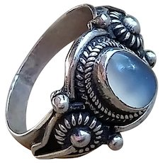 Vintage Ceylon Blue Moonstone Silver Ring, with Sunflower Design on Shoulders