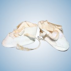Doll Shoes Off-White Tie Leatherette.