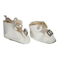 Vintage Buckle Toe, Tie White Leatherette Doll Shoes.