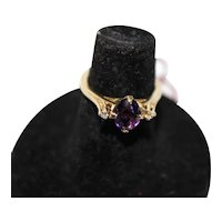 Size 5 14K Ring with Diamonds and Amethyst Stone, 2.7g.
