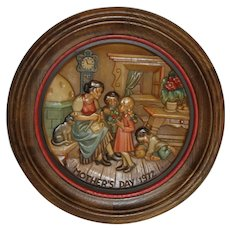 Mother's Day 1972 Anri Collector Plate Framed in Fine Wood