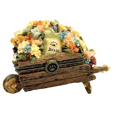 Boyds Miss Bloomengrows with Gardener McNibble Treasure Box  392124