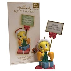 "Hallmark Keepsake MAGIC Ornament ... 2006 ""Twuthful Tweety"" Looney Tunes Series"