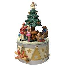 """2005 Hallmark """"Toyland Treasures"""" Keepsake MAGIC Ornament"""