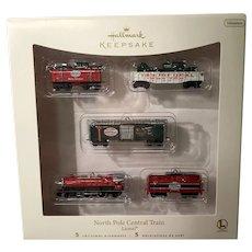"""2007 Hallmark """"North Pole Central Train"""" Lionel Miniature Ornament Set"""