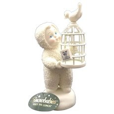 """Dept 56 Snowbabies … 2003 """"Out To Lunch"""" Figurine [56.69348]"""