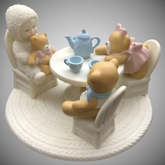 "Dept 56 Snowbabies … 2001 ""Teddy Bear Tea"" Figurine  [56.69923]"