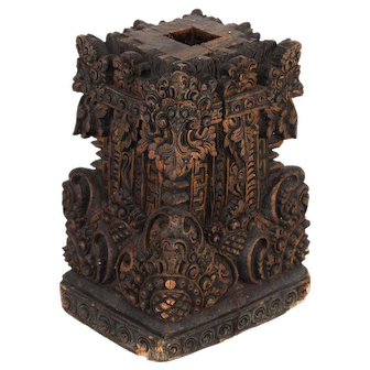 Vintage Base in Carved Wood from Bali