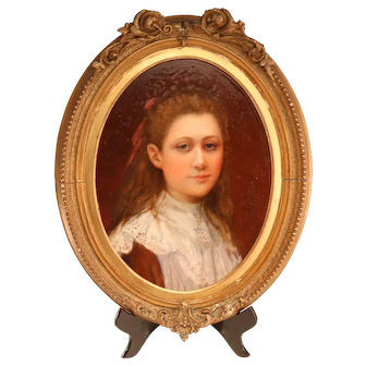 Elegant portrait of a young lady