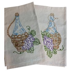Hand Stitched Wine Bottles in a Basket with Grapes Vintage Kitchen Tea Towels
