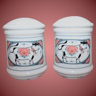 A Great Vintage Set of Cow Salt and Pepper Shakers Absolutely Darling For Kitchen or Barbecue