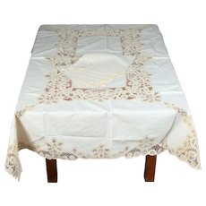 "Beige Batten-burg Lace Tablecloth 51"" X 69"" & 6 Napkins Never Used"