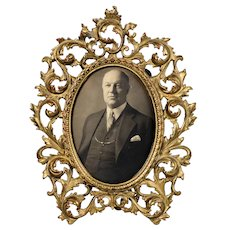 Ornate Oval Metal Picture Frame