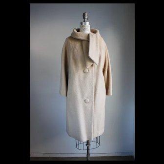 Vintage 1950s Lilli Anne Tisse A Paris Camel Mohair Coat
