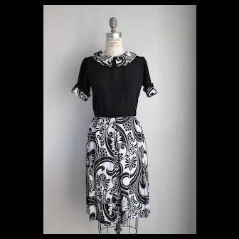 Vintage 1960s Black and White Dress with Peter Pan Collar
